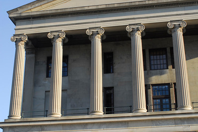 Tennessee State Capitol South columns