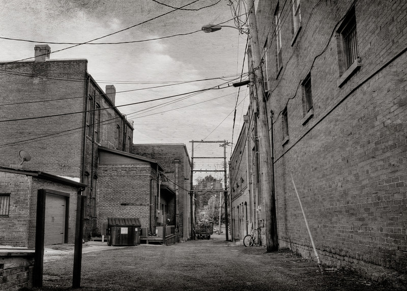 Back Alley in Brookhaven