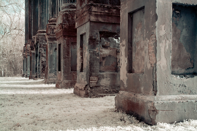 Decaying Columns of Windsor