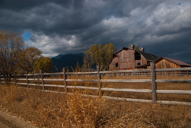 15-Another Montana barn<br /> There were beautiful scapes everywhere dotted with great barns.