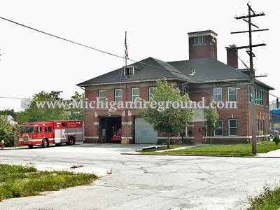 Detroit, MI Ladder House 16