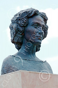 STY-CMT 00005 A well done bust honoring Romanian folk singer Centenar Maria Tanase, statue picture by Peter J Mancus