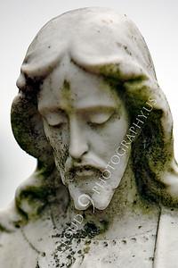 CemStat 00007 Cemetary statuary - Jesus Christ looks down, by Peter J Mancus