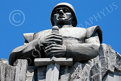 STY-RomMil 00018 An impressive artistic statue dedication in Bucharest to Romanian military heroes who died on duty, statue picture by Peter J Mancus