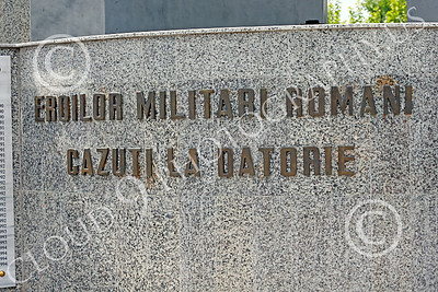 STY-RomMil 00014 English translation--TO THE ROMANIAN MILITARY HEROES WHO DIED ON DUTY, at base of an impressive statue in Bucharest, picture by Peter J Mancus