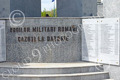 STY-RomMil 00015 English translation--TO THE ROMANIAN MILITARY HEROES WHO DIED ON DUTY, at base of an impressive statue in Bucharest, picture by Peter J Mancus