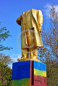 STY-VLenin 0021 An unpopular Soviet era statue of Russian communist party co-founder Vladimir Lenin in Ukraine, 2015, destroyed pursuant to Ukrainian law, statutory picture by Peter J  Mancus