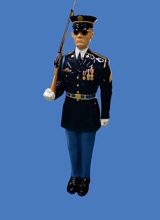 Marine, full dress w/bayonette 6'H #8107