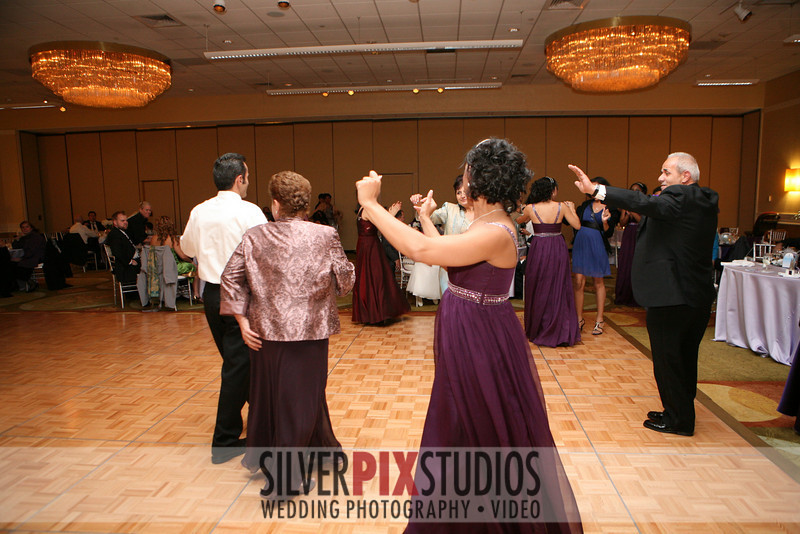 08-More-Dancing-Stavros Luz 001