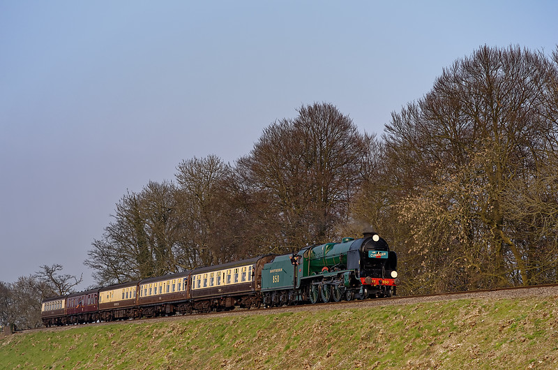 """850 """"Lord Nelson"""" at Rookwood Lane with the 16:45 Alton - Alresford, """"The Cunarder"""", <br /> on 25th March 2011."""