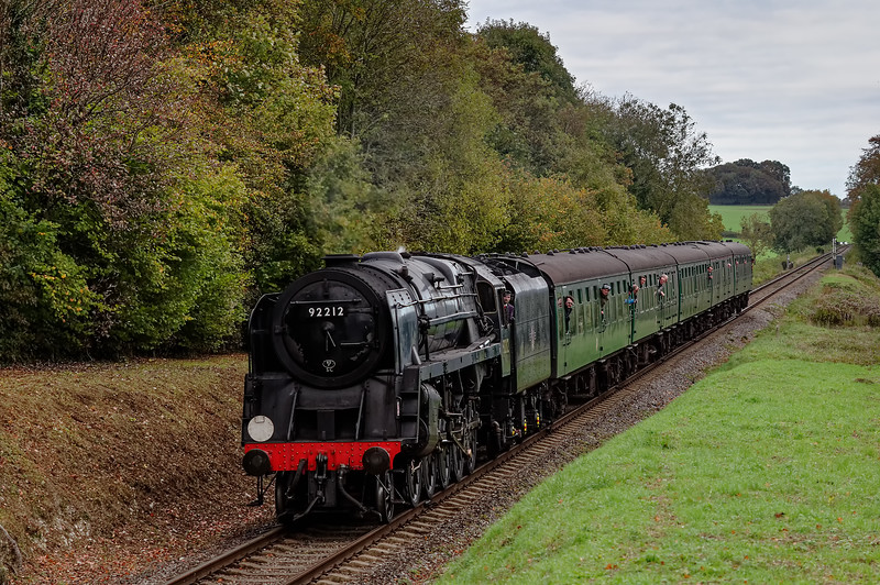 92212 at Stable Lane, with the 10:20 Alton - Alresford, on 25th October 2014.