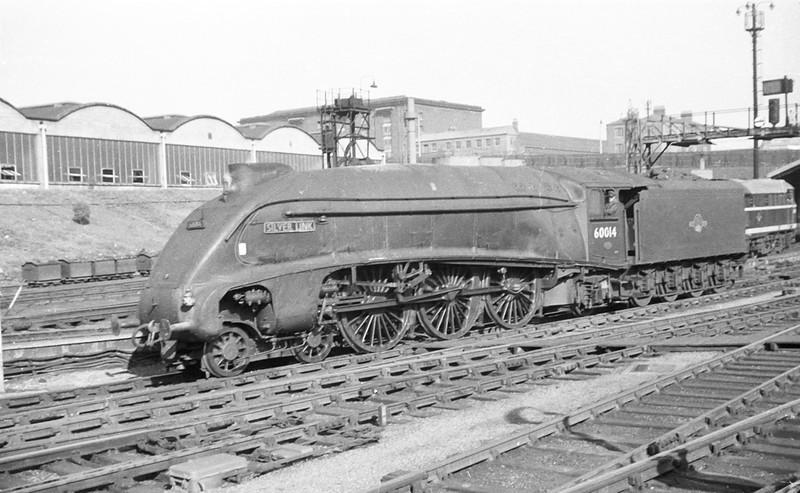 60014 'Silver Link' at Kings Cross