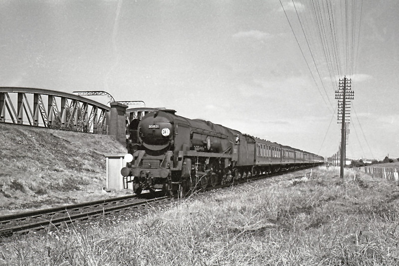 Aug '64 35021 accelerates south passed the Flyover at Battledown