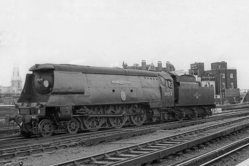 jun 62:  34054 'Lord Beaverbrook' backs out of Waterloo