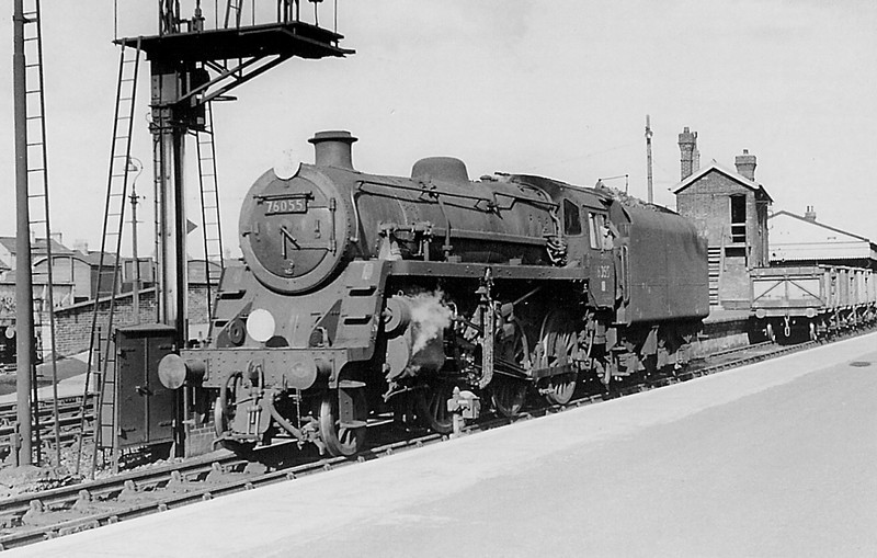 76055 eases away from the coal empties to allow a western engine to take over.  Salisbury