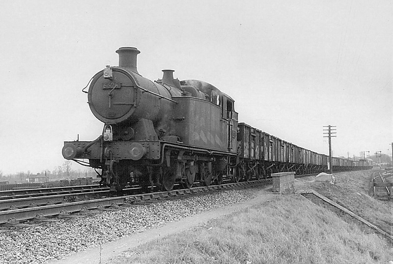 6626  Westbury always had 2 or 3 of these O-6-2 tanks for banking duties, here being banked by a Hymek !
