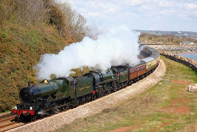 GWR Castle Class 4-6-0 no 5029 Nunney Castle and BR Britannia Class 7MT 4-6-0 no 70013 Oliver Cromwell hauling the 1Z52 0735 London Paddington to Par at Langstone Rock on the 5th April 2009 (1)