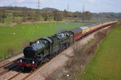 GWR Castle Class 4-6-0 no 5029 Nuney Castle and BR Britannia Class 7MT 4-6-0 no 70013 Oliver Cromwell hauling the 1Z52 0735 London Paddington to Par at Langstone Rock on the 5th April 2009 (2)