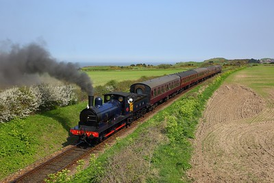 GER Y14 0-6-0 No  564 vice a failed 90775, works the 1354 Sheringham to Holt at Dead Man's Bridge on the 21st April 2018
