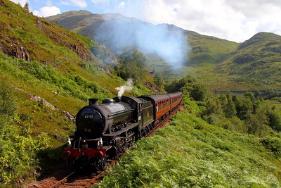 62005 at Glenfinnan on the 2Y61 1015 Fort William to Mallaig on the 4th August 2012