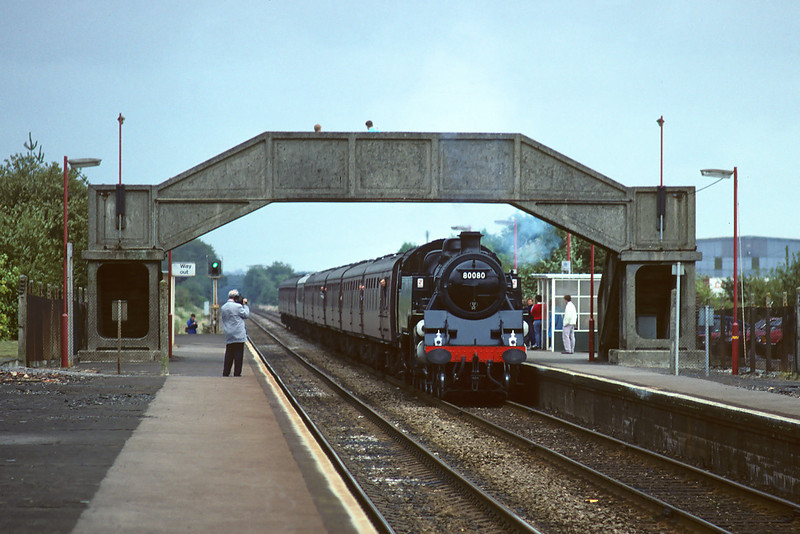 24th Sep '88:  80080 runs through Grately with a good load