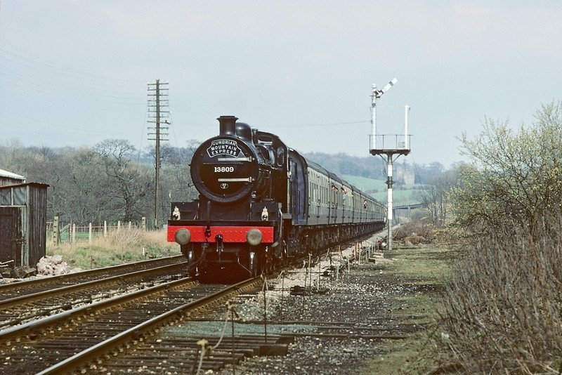 14th Apr 84: Somerset and Dorset 2-8-0 13509 approaches Wennington working the Cumbrian Mountain Express