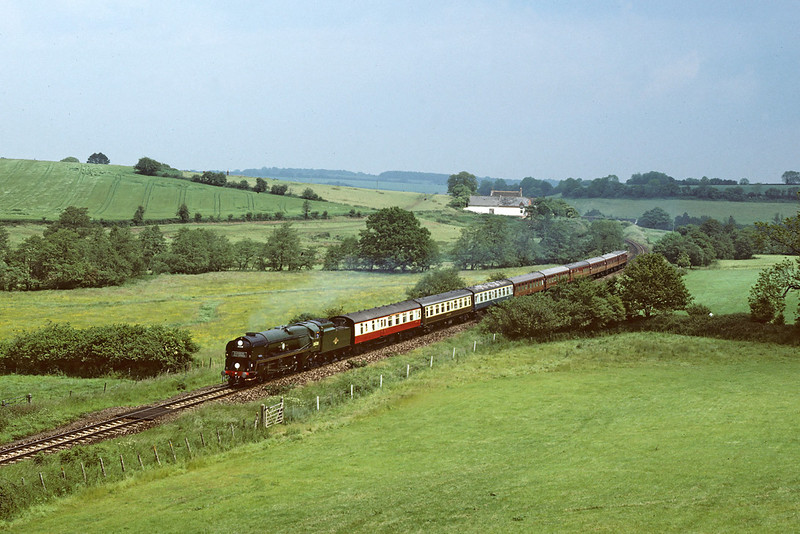 13th Jun 86:  35028 at Tisbury Gates and the other Blackmore Vale Express