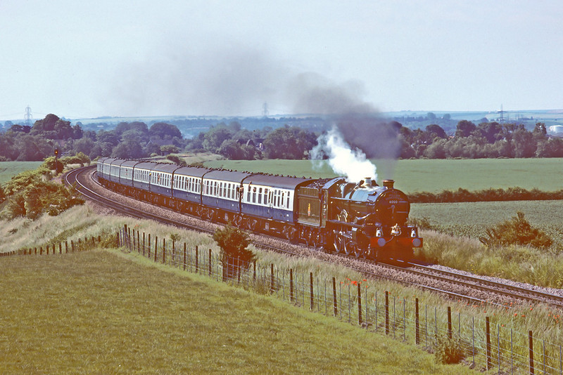 19th Jun '83:  The 'one with the bell' 6000 'King George V' at Culham