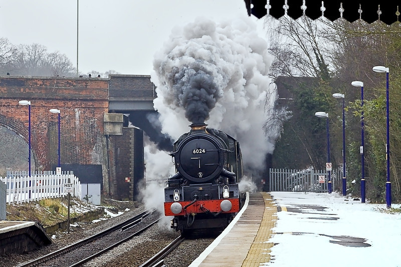 12th Feb 12: Creating a fantastic spectacle is 6024 'King Edward I' as it thunders through the Down Main  platform at Twyford.  1Z29 is The Cathedrals Express from Paddington to Bristol Temple Meads