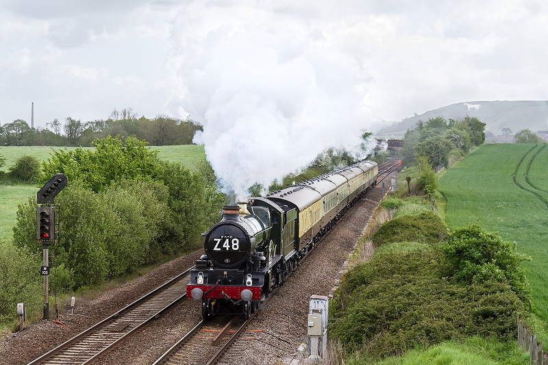 9th May 14:  Working the Westbury to Plymouth leg ot the 'Anniversary Limited' from Stourbridge Junction 5029 'Nunny Castle' is captured at Fairwood