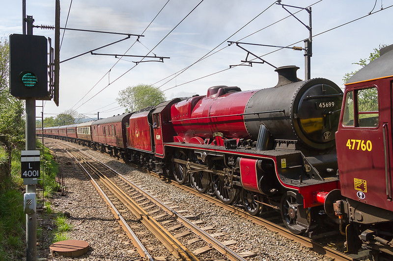 15th May 2015: A family visit to te Salts Mill Museum in Saltaire allowed me a 20 minute visit to the station.  I had no idea that this was due but it certainly made my day.    47760 brings 45699 'Galatea' through Saltaire working 5Z73 from Carnforth to York Holgate Sidings.