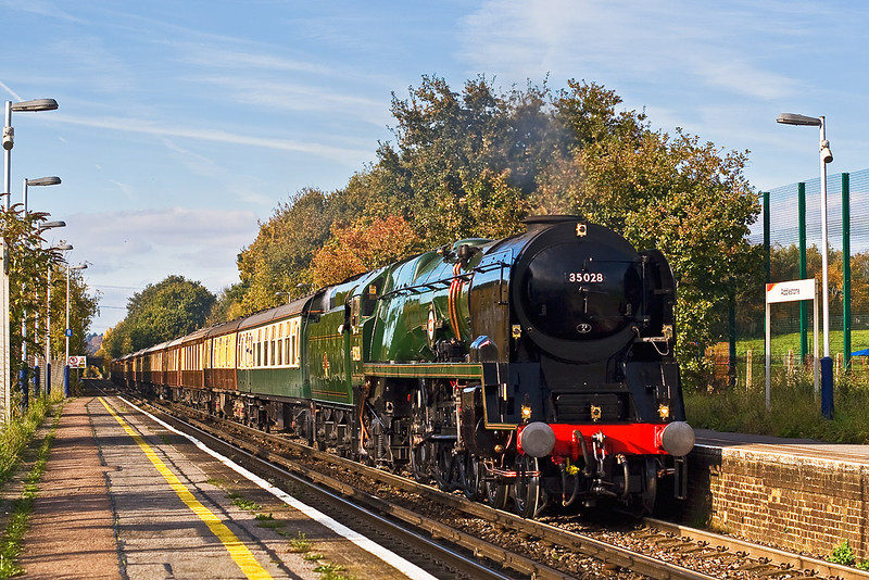 2nd Nov 07:  35028 'Clan Line' chunters through Addlestone less than 5 minutes after the clouds cleared away.