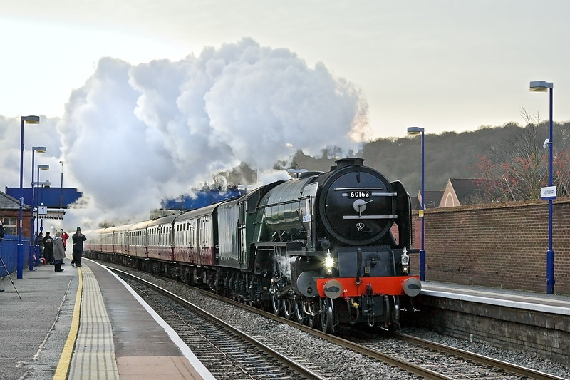30th Dec 11:  LNER A1 Pacific 60163 'Tornado' is captuerd storming up the hill through Saunderton while  working 'The William Shakespear' from Paddington