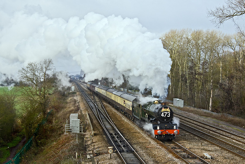 """12th Dec 09:  GWR King 6024 """"King Edward II"""" heads 1Z20 'The Bristolian' from Bristol Temple Meads to Paddington. It sounded marvelous as it accelerated away from a signal check at Didcot"""