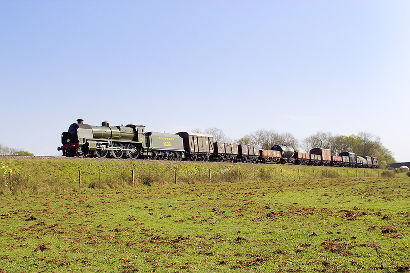 15th Apr 07:  31638 makes it's final run but this time only to Horsted Keynes