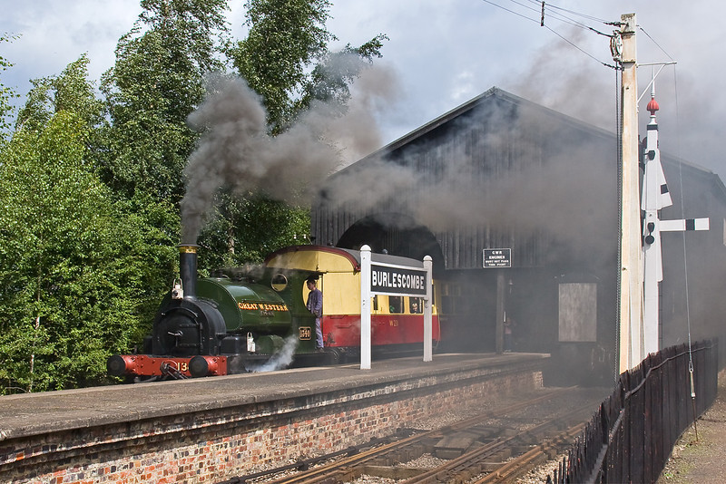 10th Aug 08: 1340 makes a smokey start back to Didcot Halt