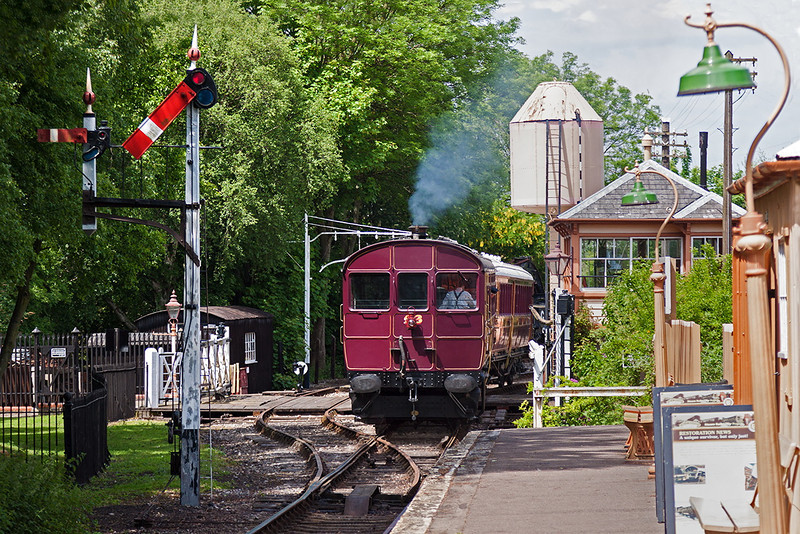 2nd June 1919:    Railmotor 93 and Trailer 92 depart from Didcot Halt with the 1.41 pm to Burlescombe   on a beautiful June afternoon.  Well it is nice to dream !!