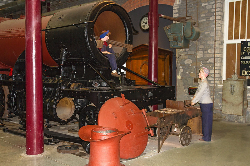 20th Feb 14:  During WW2 many women were employed in the works.  Here is a re-creation of two ladies involved in the overhaul of a 42xx class tanl loco