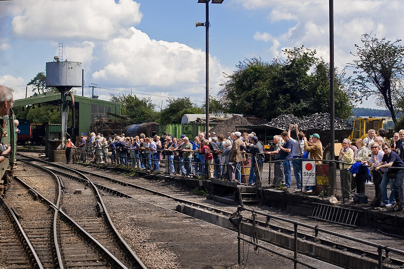 7th Jul 07:  The gallery at Ropley.  Are you there?