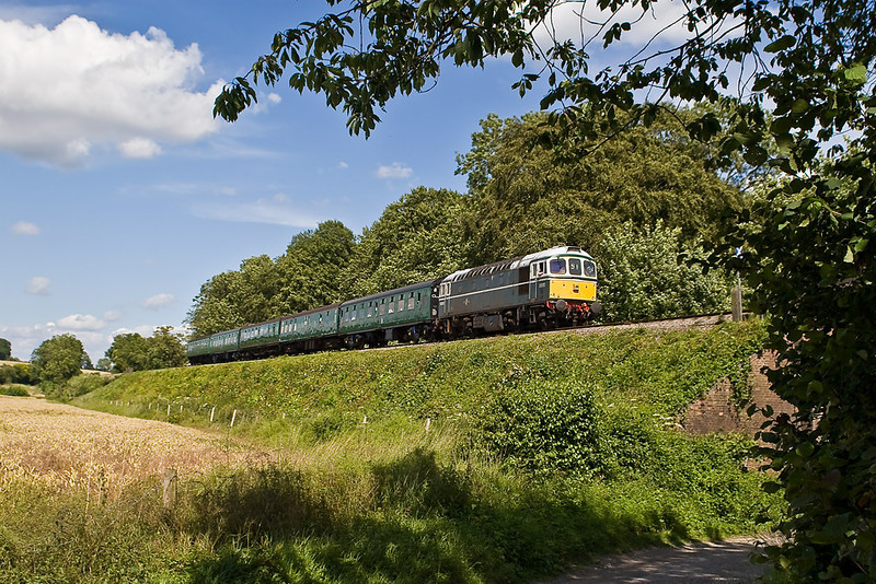 7th Jul 07:  Crompton D6593 drifts down to Ropley. Seen here at North Street