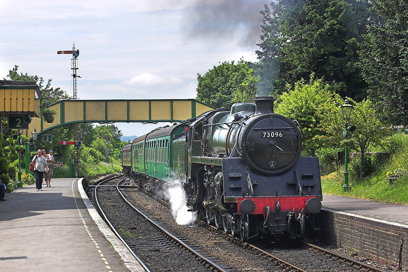 11th Jun 06:  73096 eases into Ropley