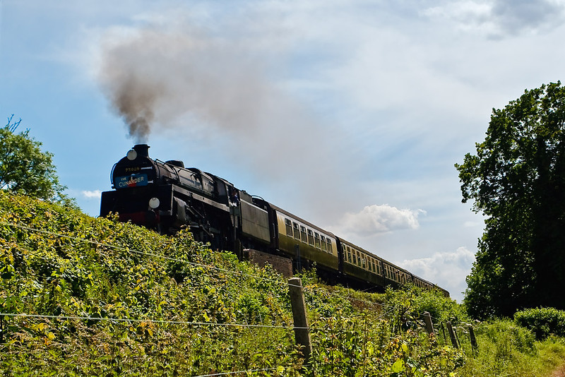 """7th Jul 07:  73096 carrying the """"Cunarder"""" headboard working hard at North St"""