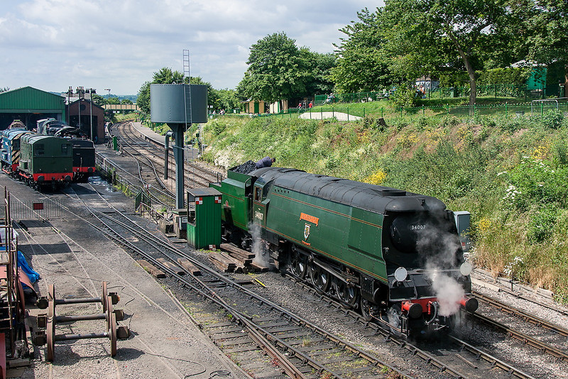 30th Jun 13:  After a minor problem 34007 'Wadebridge' waits to depart to Arlesford.  Pictured from the new Hogwarts bridge