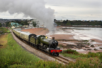 7827 'Lydham Manor' departs from Goodrington on 10/09/2005 whilst working the 1615 Paignton Queens Park-Kingswear service on the Paignton & Dartmouth Steam Railway.
