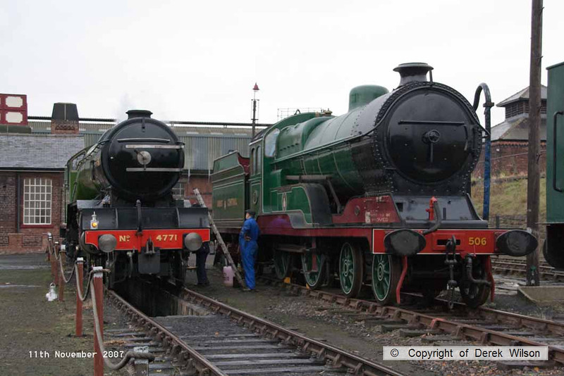 071111-001     Gresley V2 2-6-2 no 4771 Green Arrow receives some TLC before a busy day at the gala. Alongside is resident GCR 4-4-0 506 Butler Henderson.