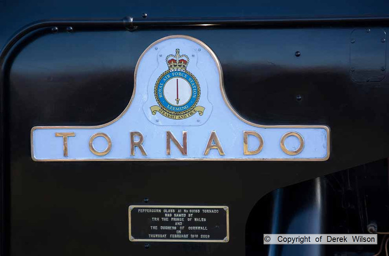 090405-002     Nameplate of LNER A1 4-6-2 no. 60163 Tornado