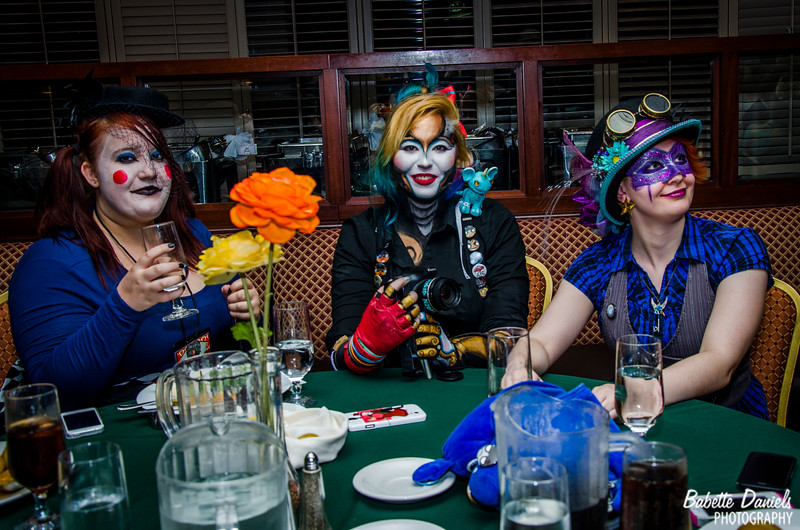 The Steampunk World's Fair - Dinner With Steam Powered Giraffe
