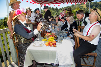 Luncheon of the Steampunk Party -  no effect
