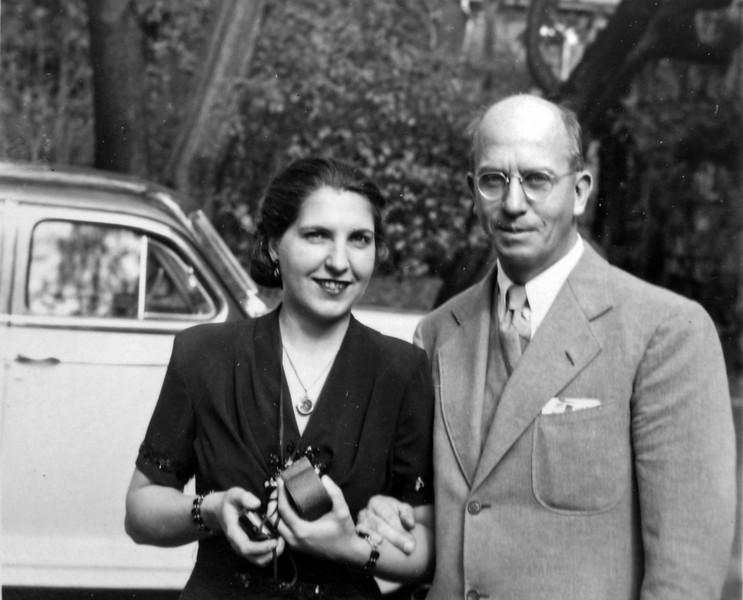 Virginia & Rowland Stebbins cropped Oct 1946