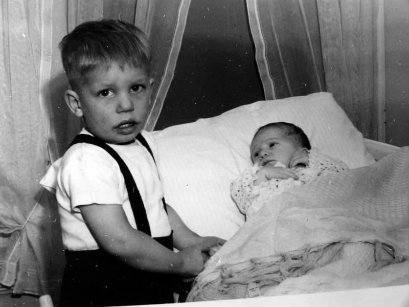 DSCN2583 Winston & Malcolm Whitney Stebbins Jan 1946